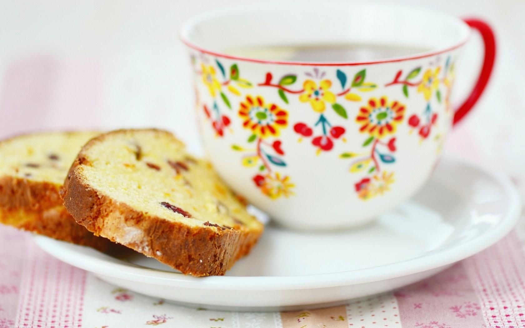 Tea Cake Mug