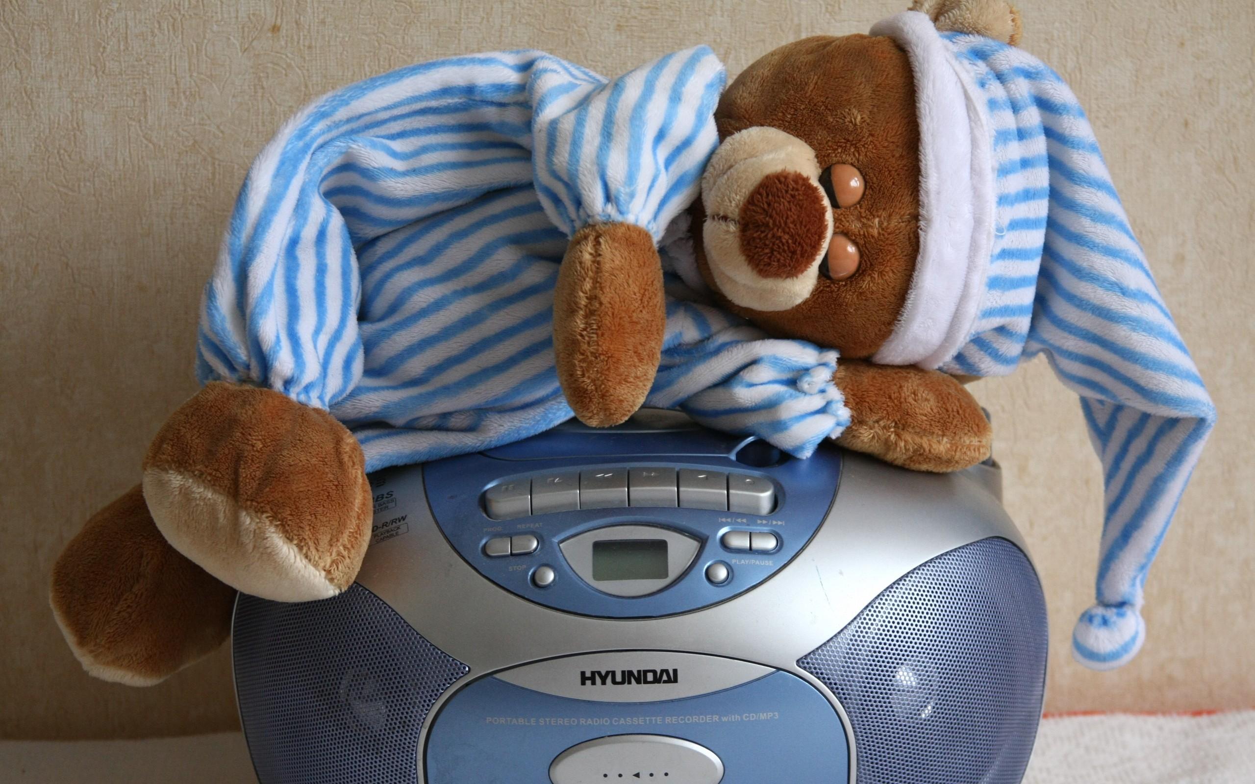 Teddy Sleep on Radio