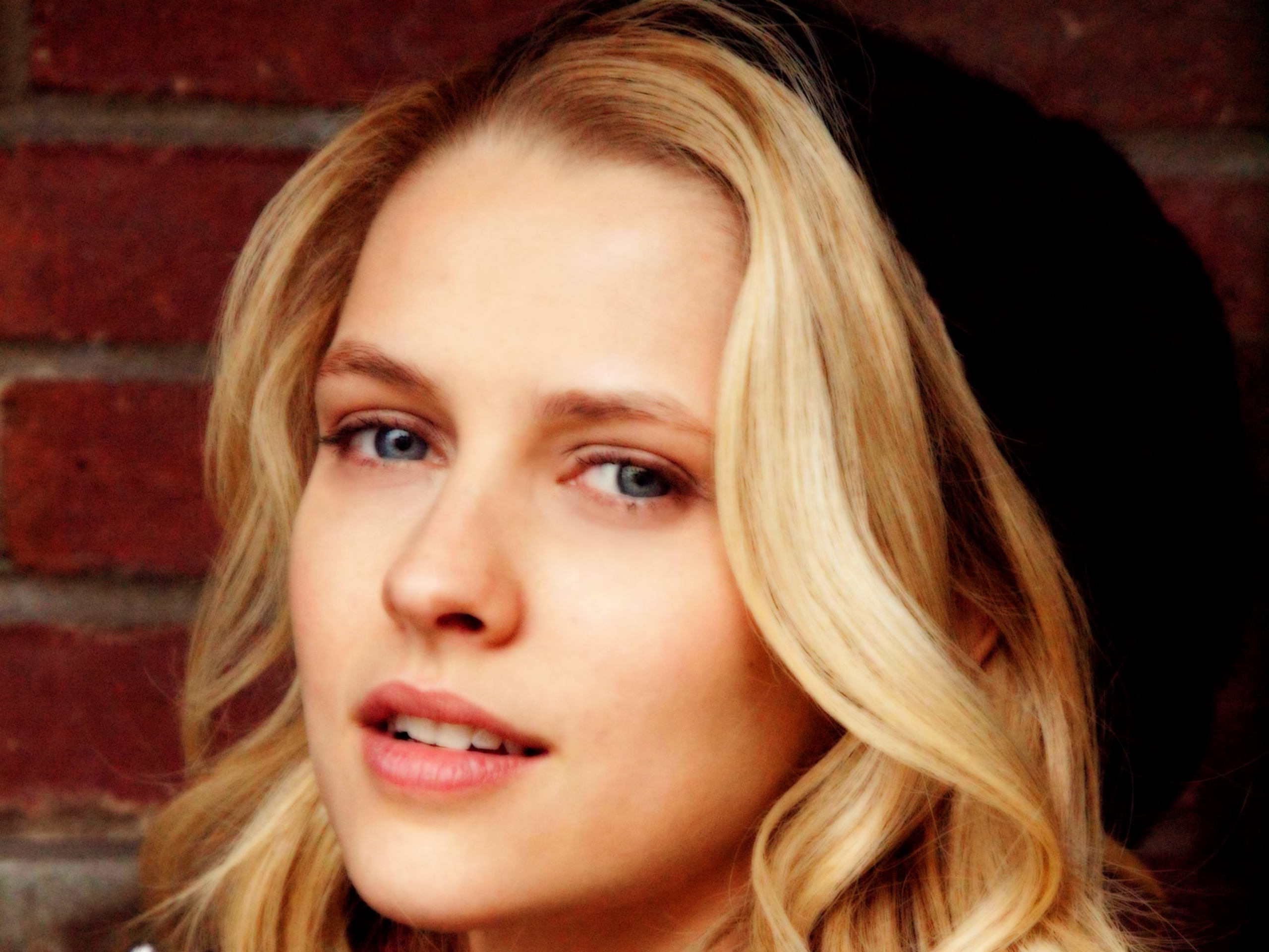 Teresa Palmer wallpaper for desktop