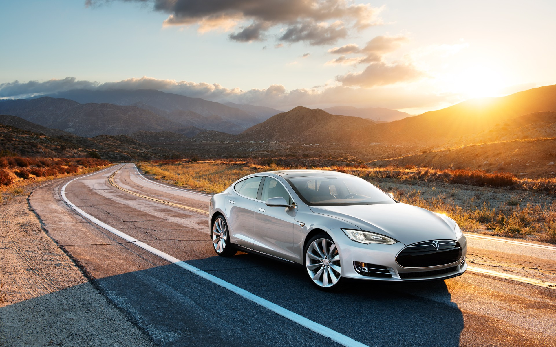 Tesla Model S Metal Res: 1920x1200 / Size:611kb. Views: 9031