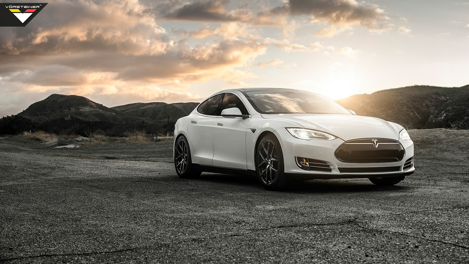 4944 views 2014 Vorsteiner Tesla Model S P85