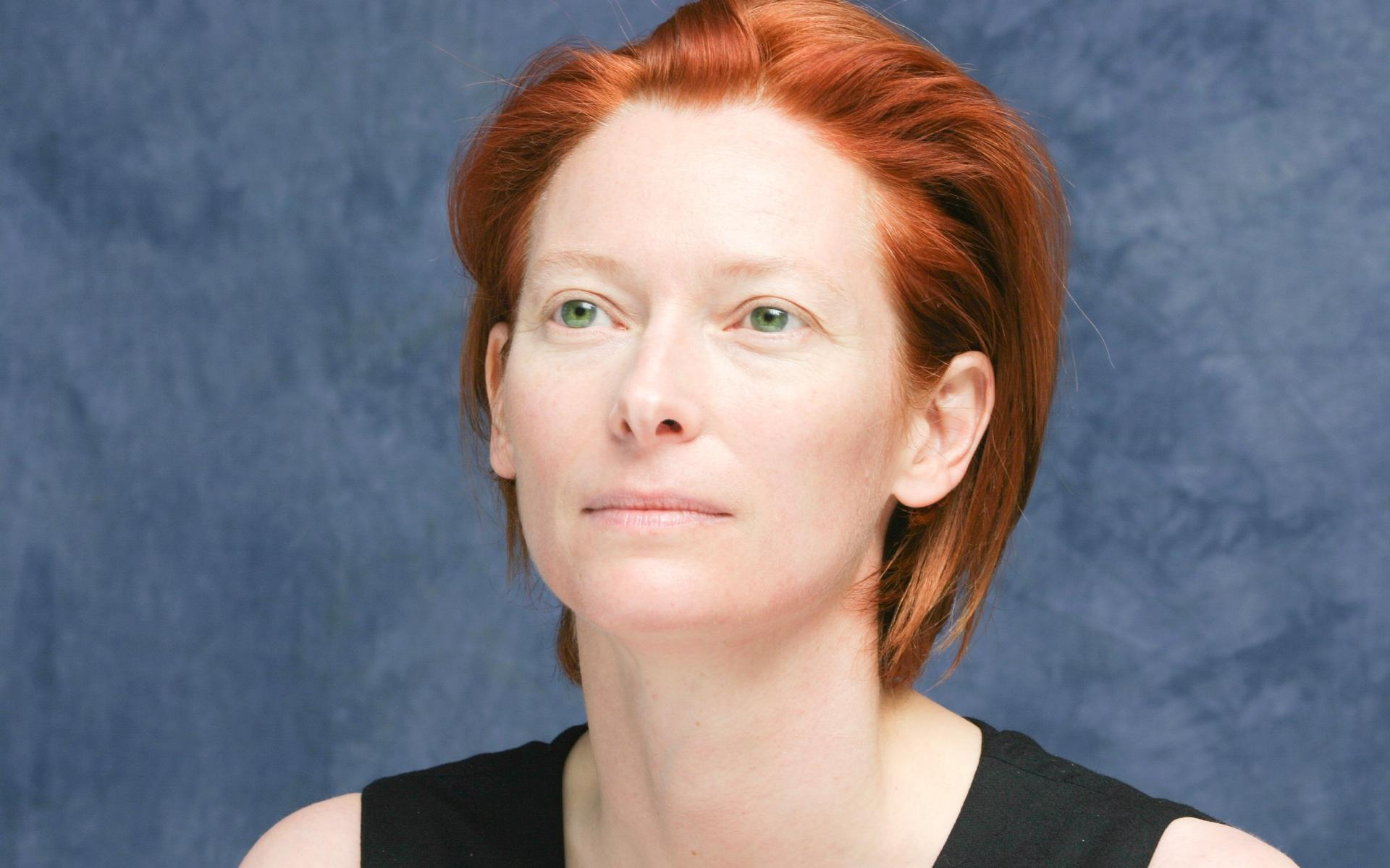 The Lovely Miss Tilda Swinton, however, is not lacking in the awkward charisma department. She is quirky, interesting, clever, and intimidating.