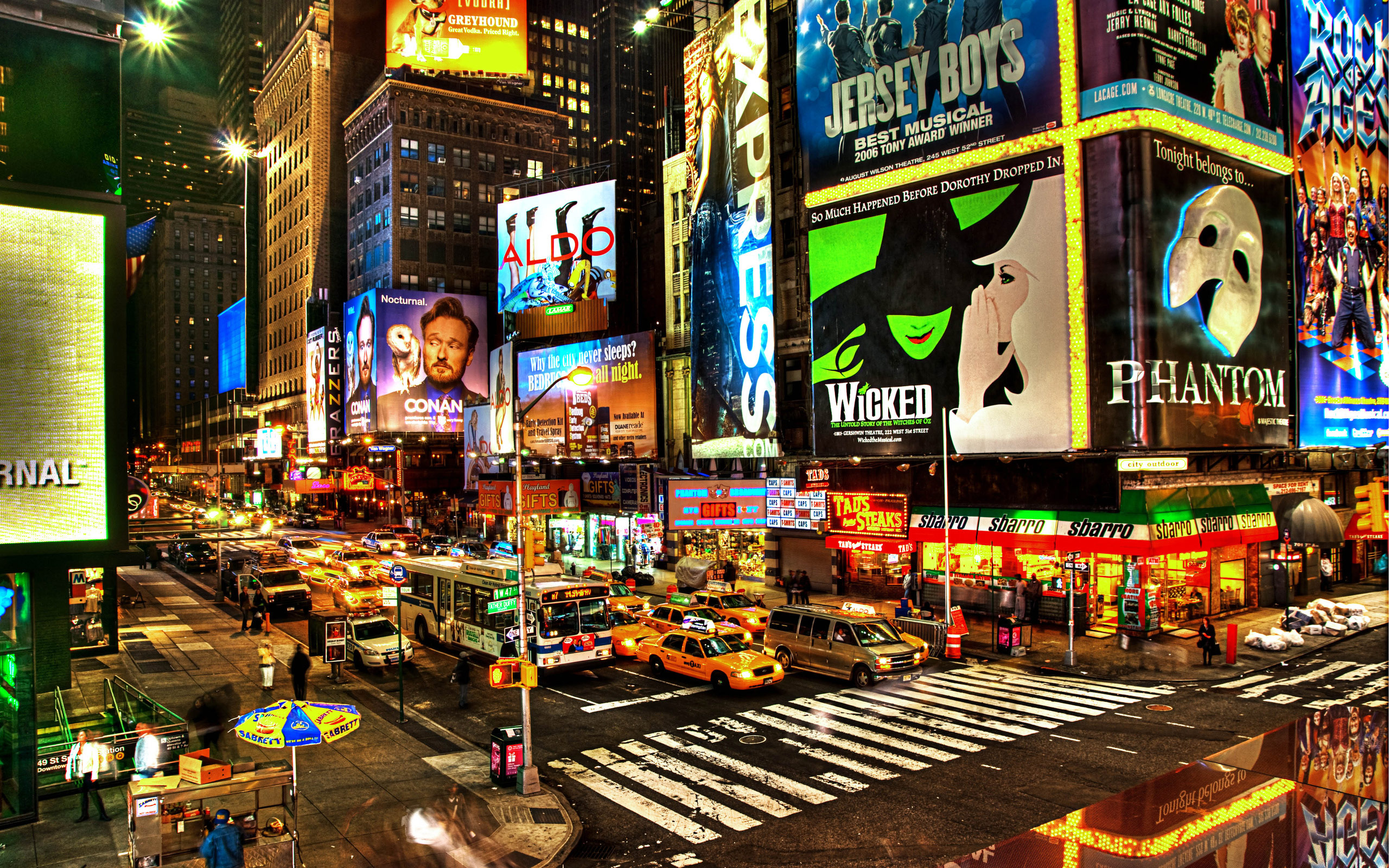 times-square-wallpaper.jpeg