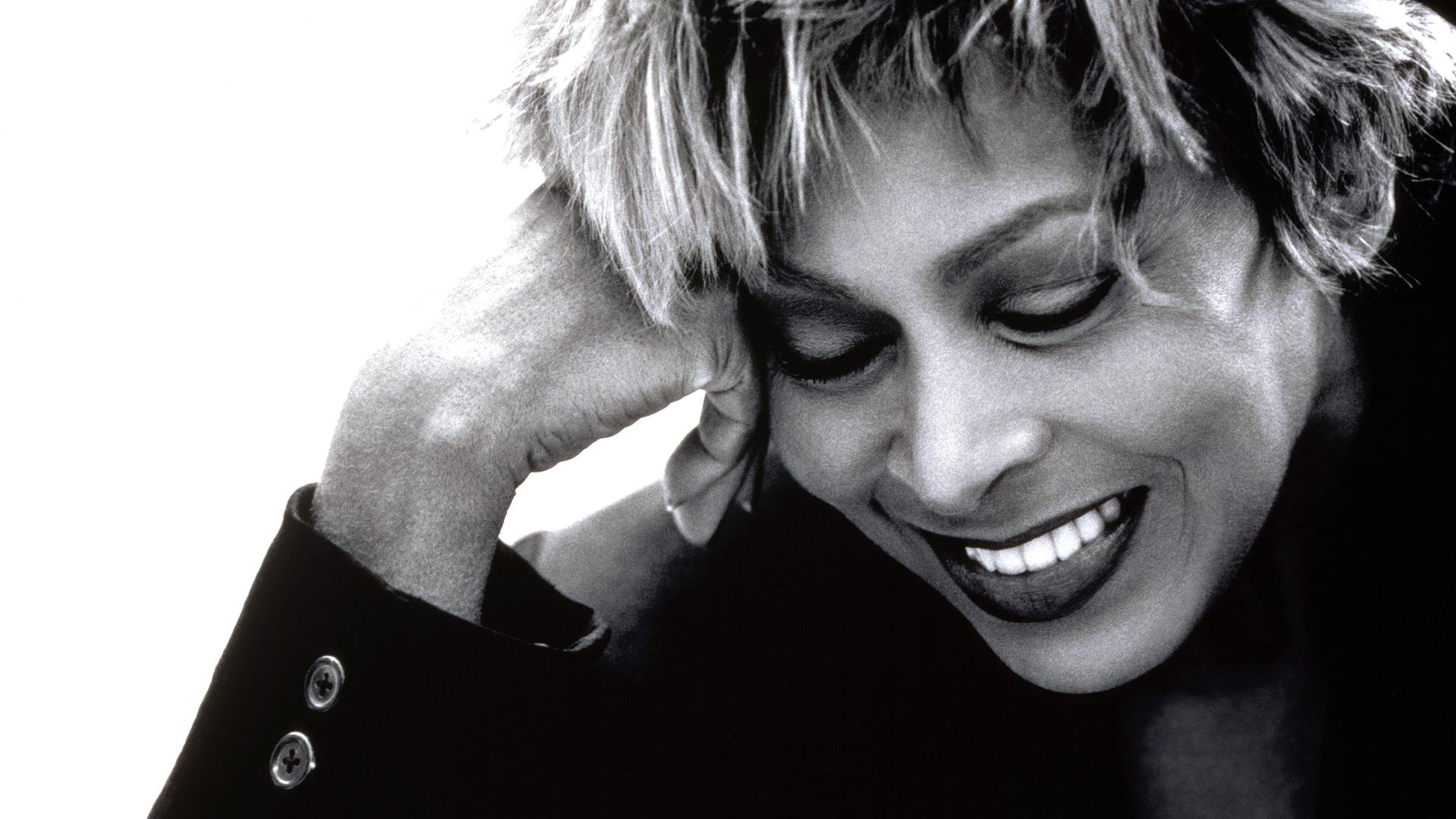 Tina Turner backdrop wallpaper