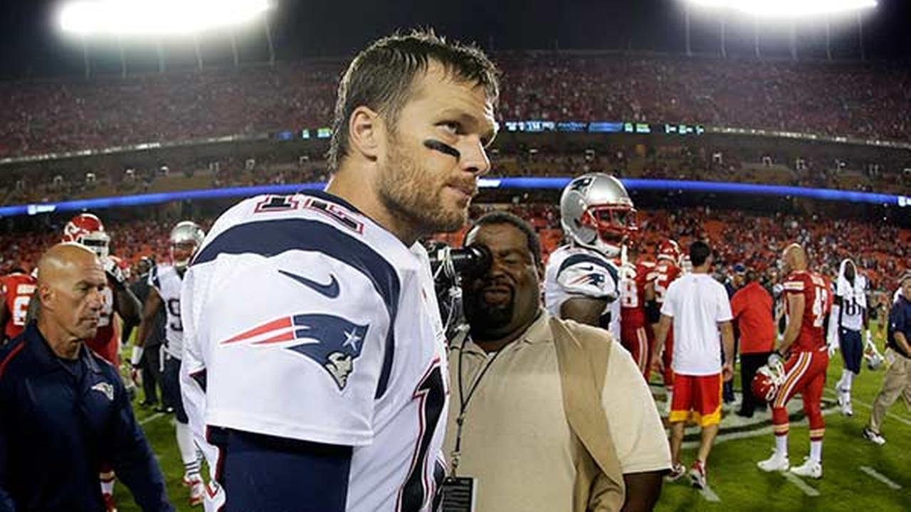 How Bad Has Tom Brady Been? Pretty Bad