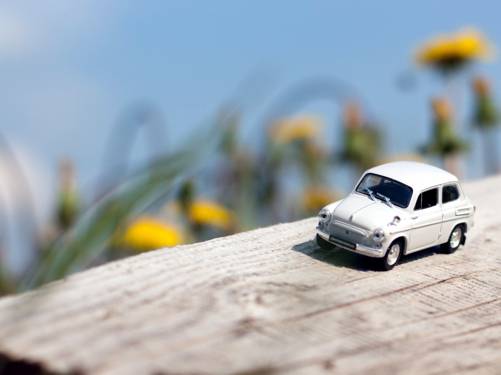 Toy Car Wallpapers 39195 1680x1050 px