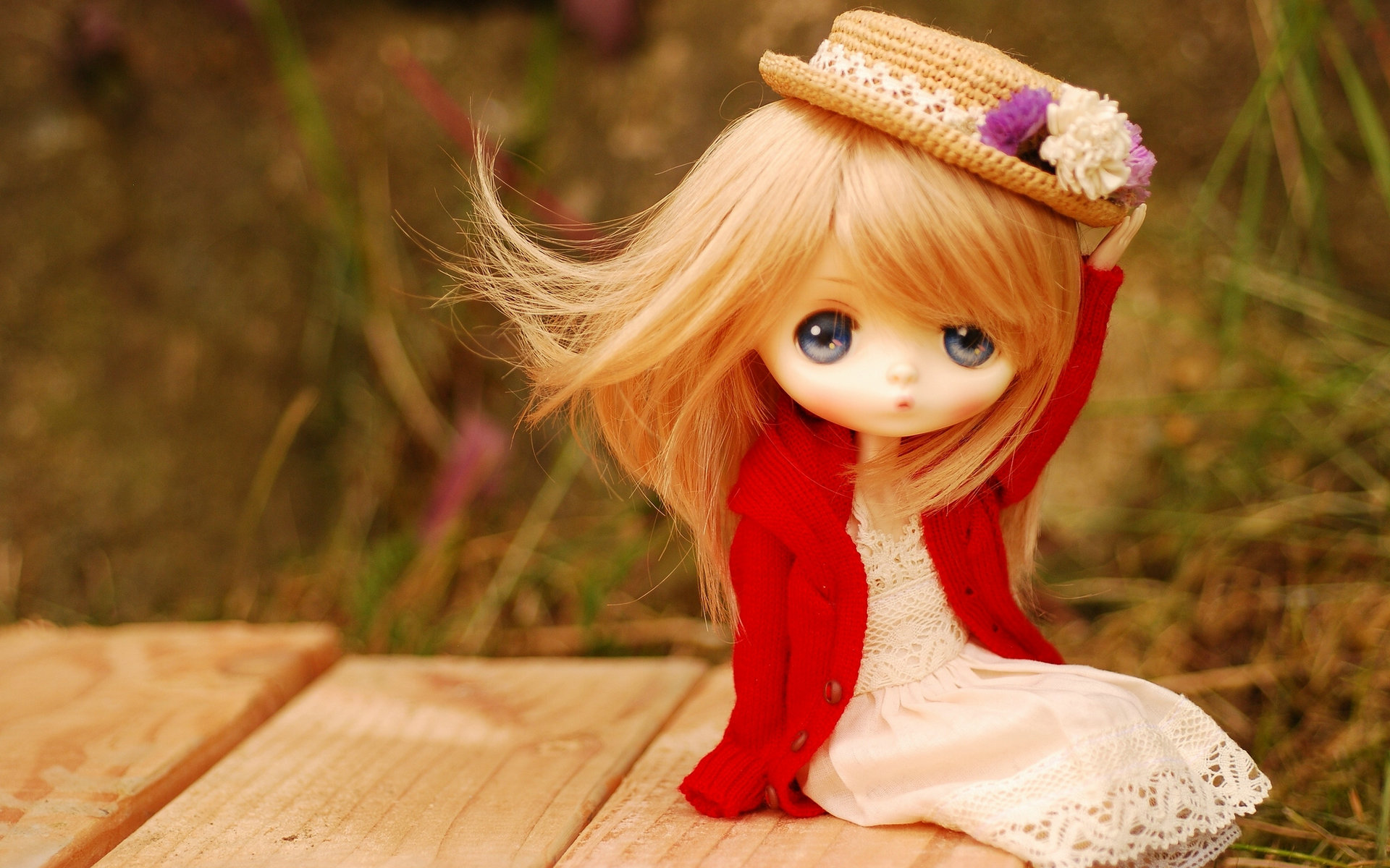 Toy Doll Blue Eyes Wallpaper