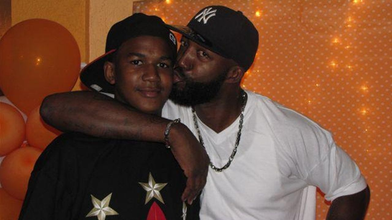 Autopsy of Trayvon Martin reportedly shows fatal bullet fired from 'intermediate range' | Fox News
