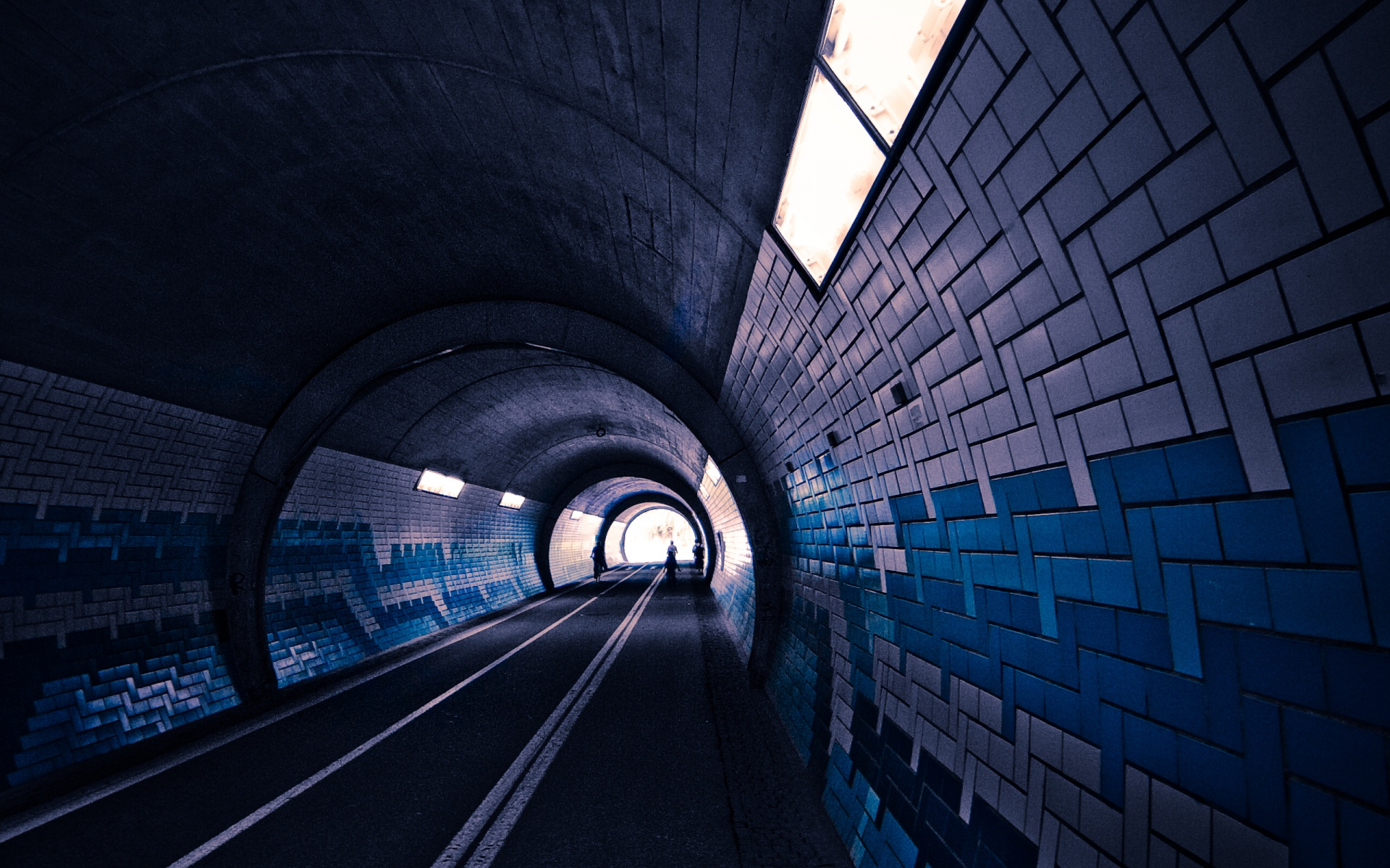 Tunnel Wallpaper