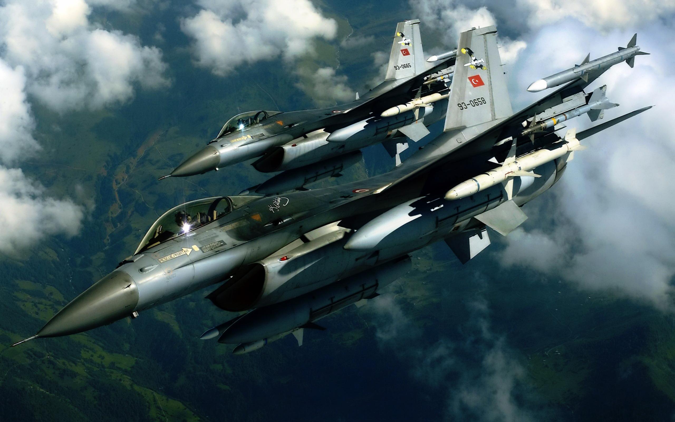 Turkish F16 Jet Fighter