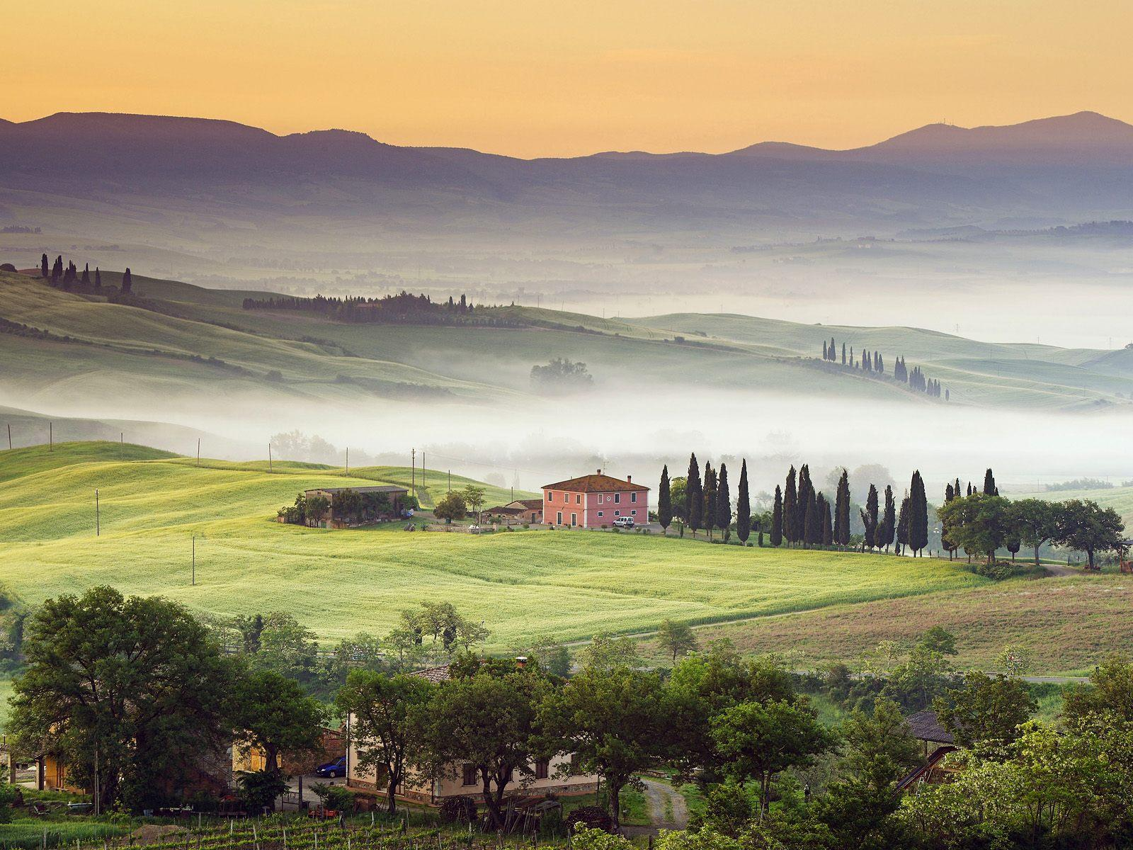 Tuscany Background