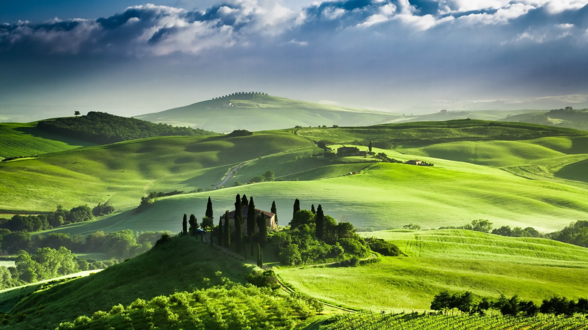 ... tuscany-italy-489814 ...