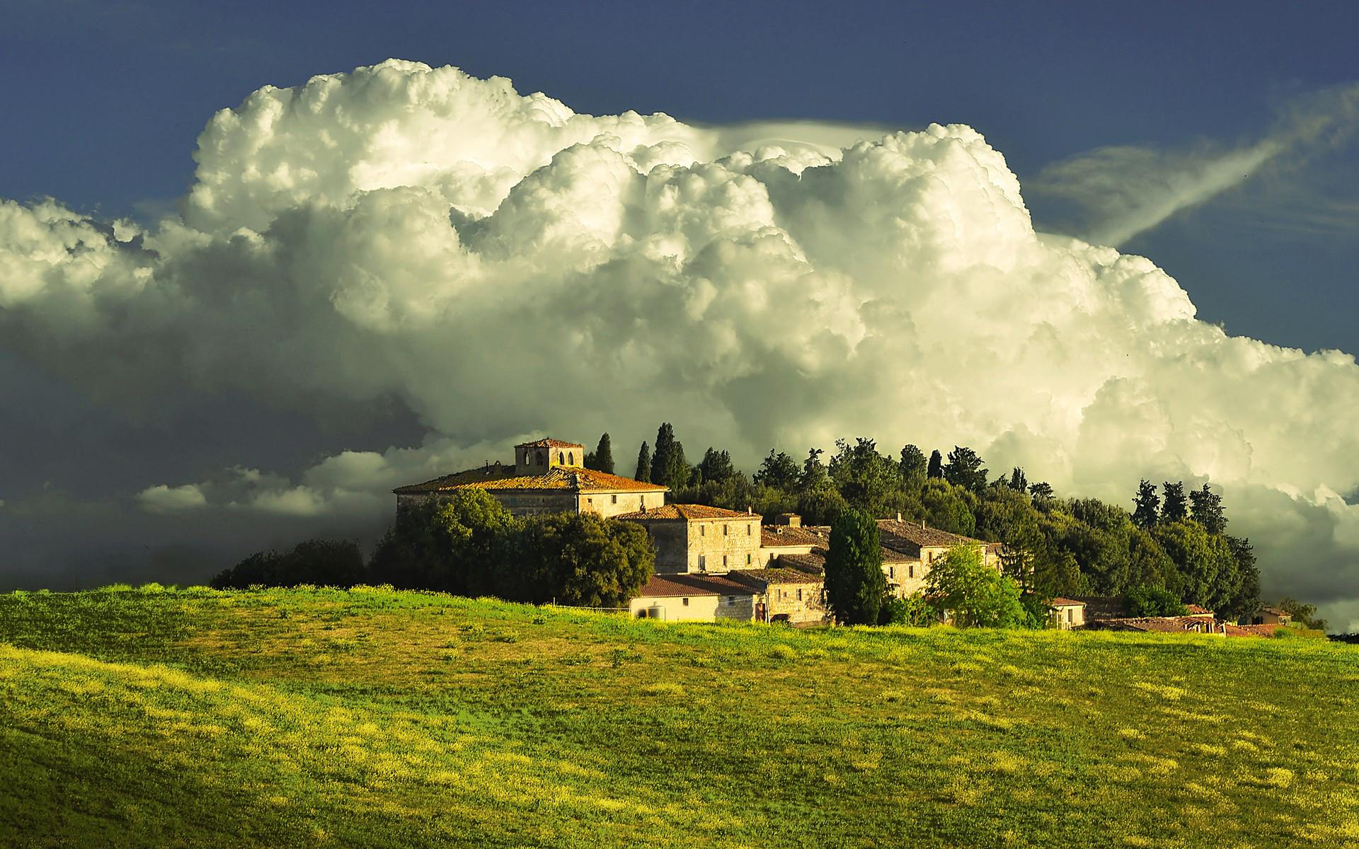 ... Tuscany under heaven ...