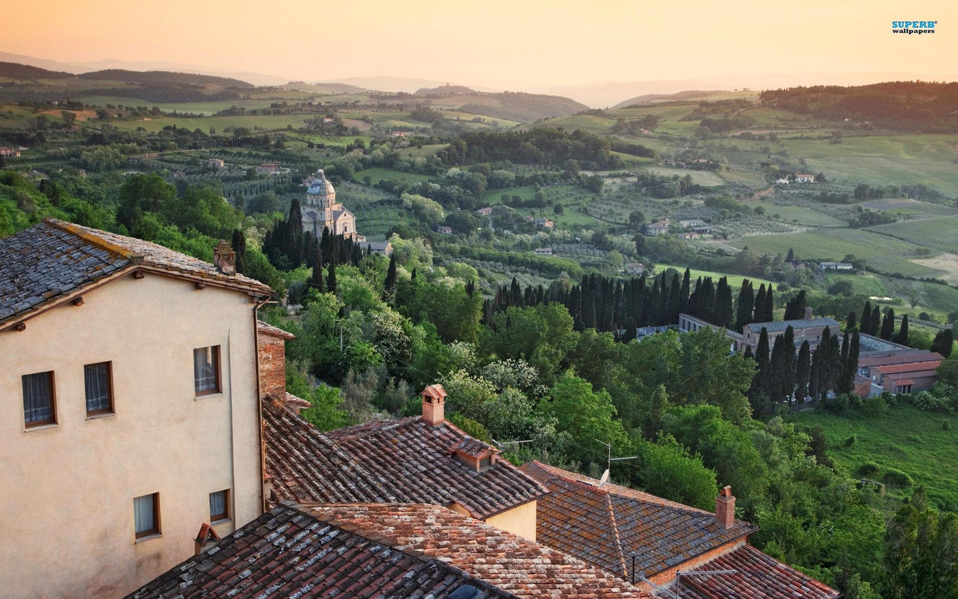 Tuscany Wallpaper