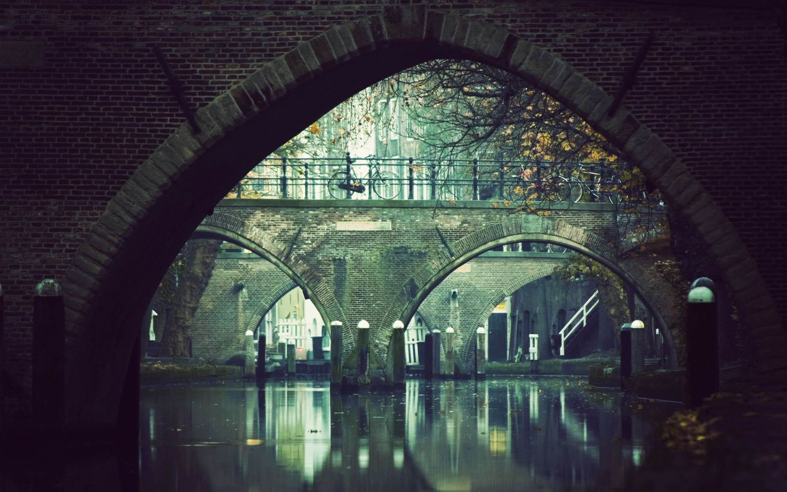 Under Bridge Pictures