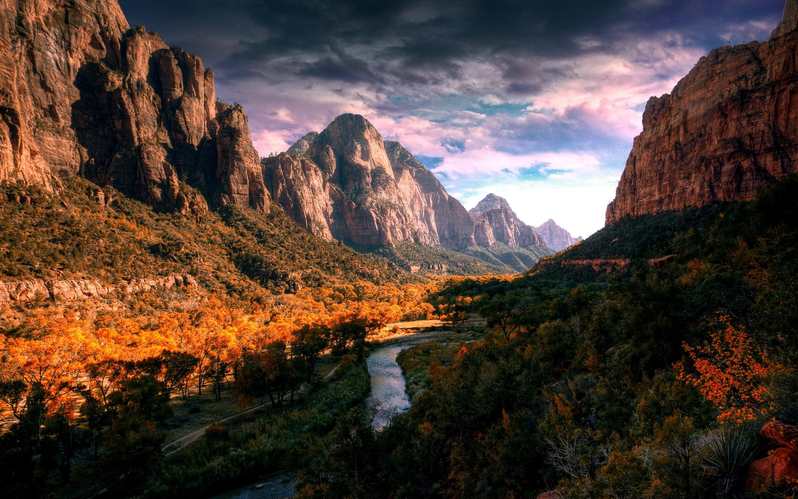 Valley river autumn
