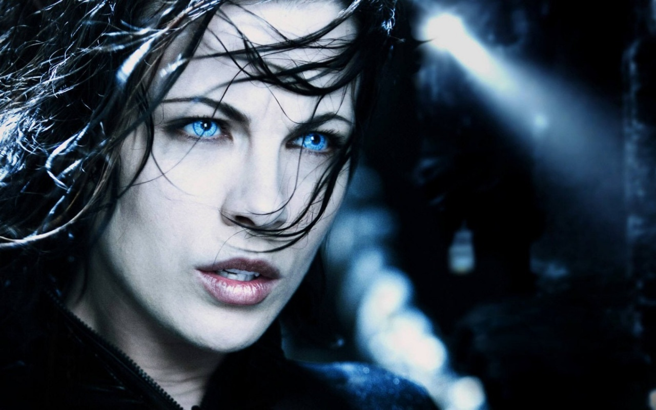 Underworld Selena Vampires Wallpaper Hd Wallpapers 1280x800px
