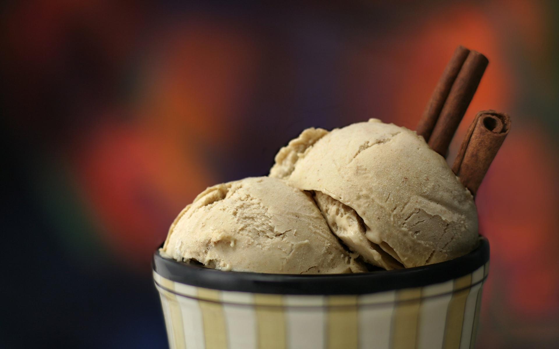 Vanilla Ice Cream Wallpaper