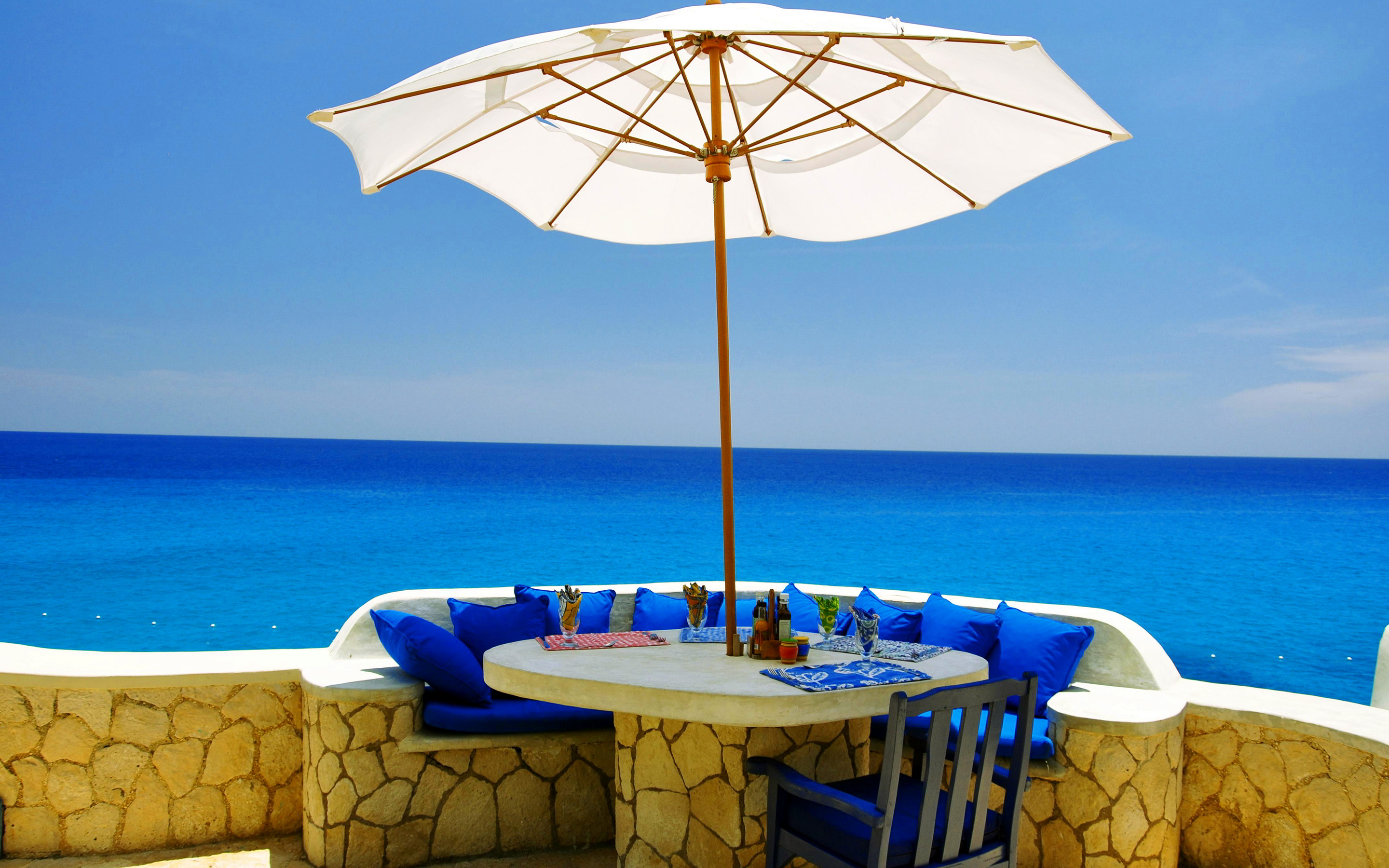 Veranda at beach Wallpapers Pictures Photos Images. «