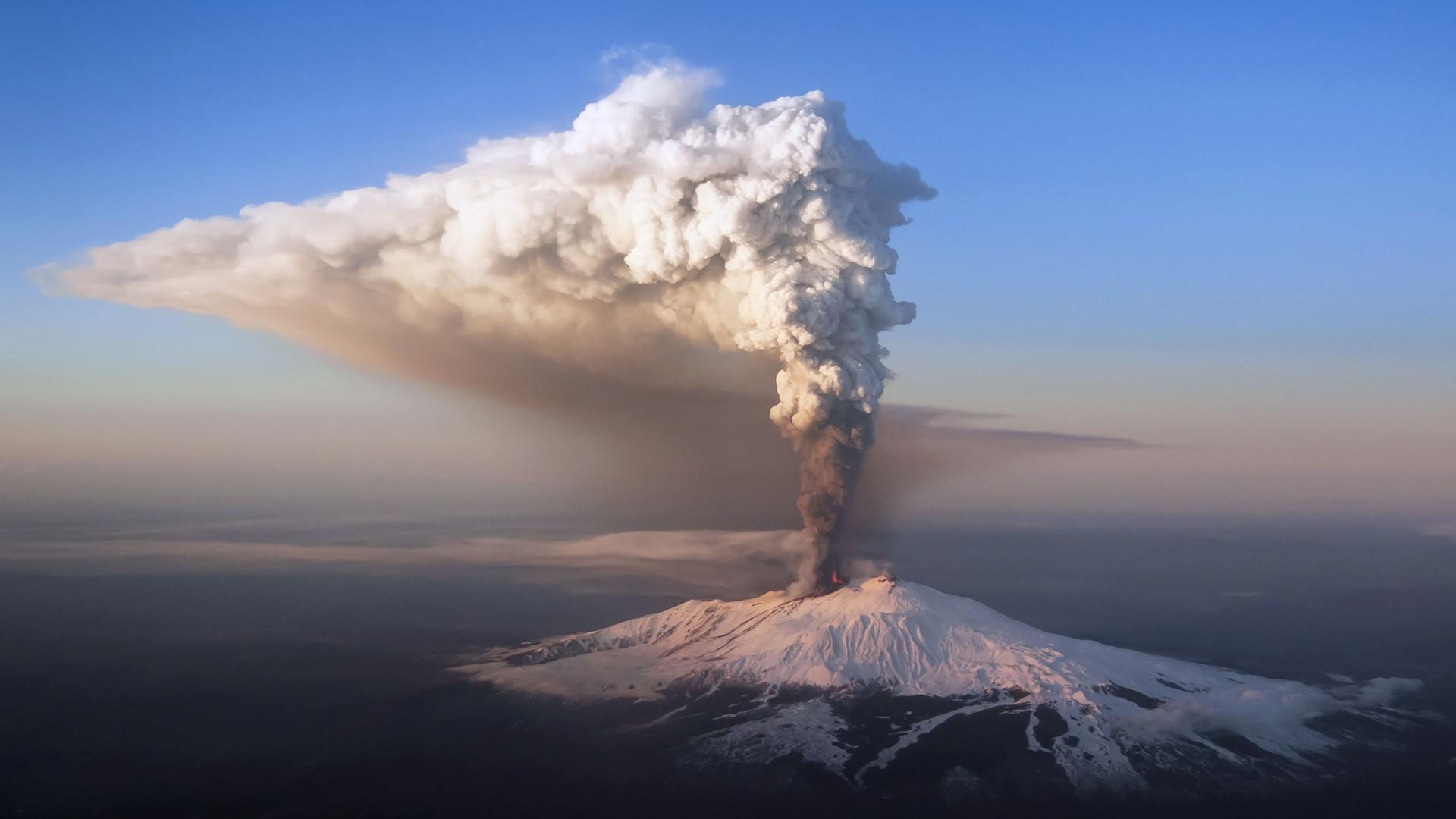 Nevado del Ruiz, Columbia 1985, 23,000 casualties c5ce2b67d4e5f736e6e7864953ff27b3