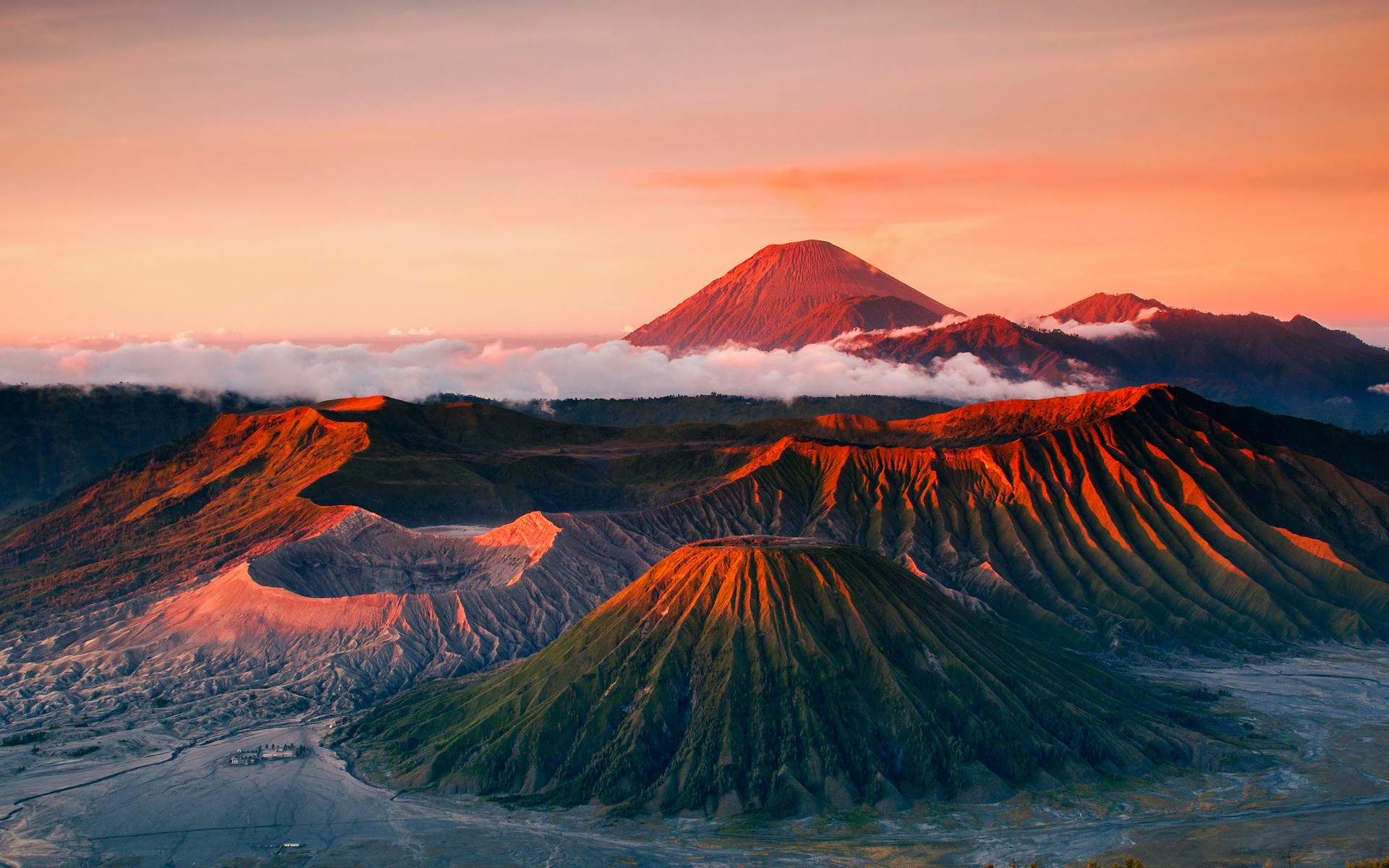 Views: 595 Volcano 17326