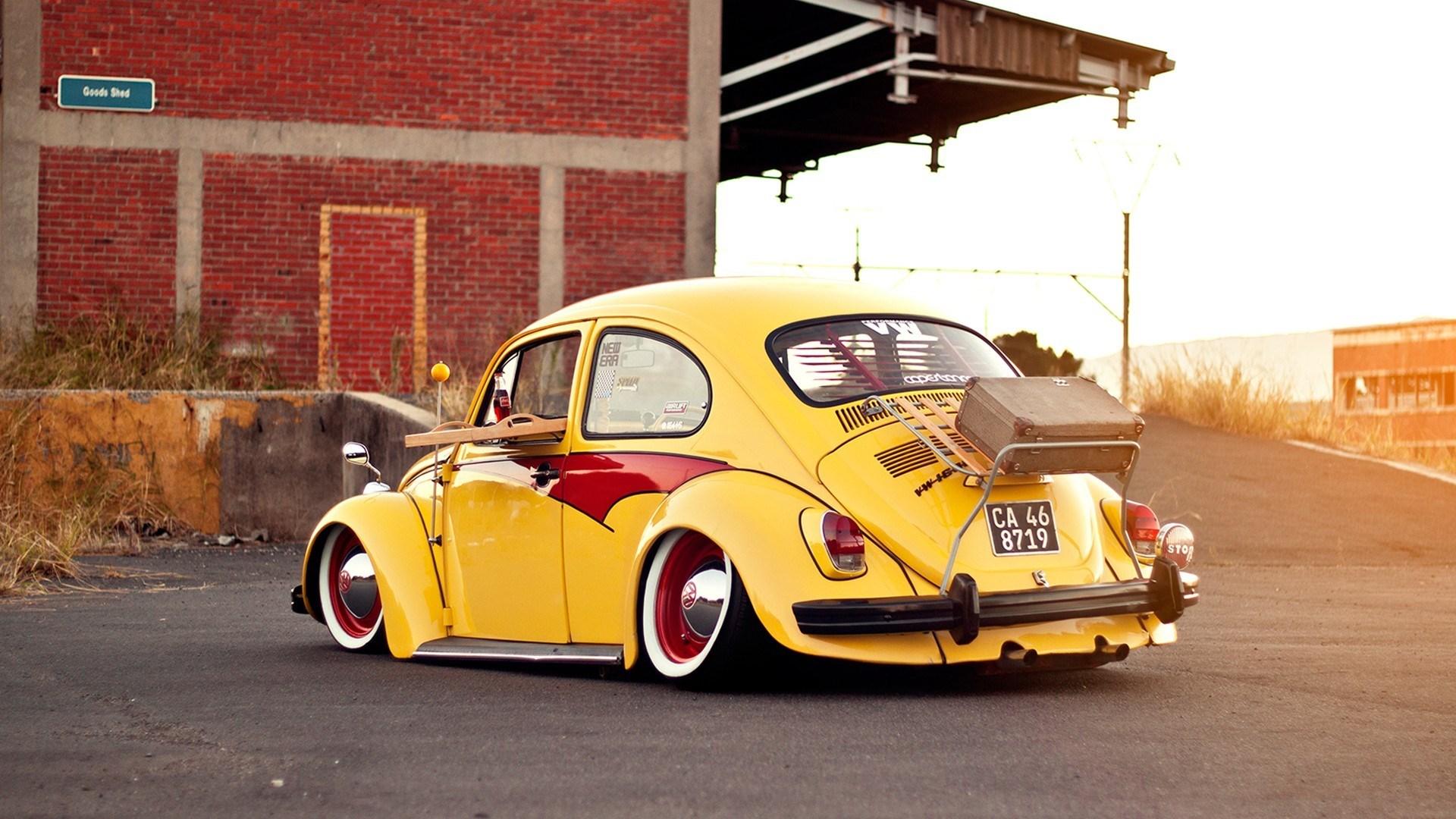 Volkswagen Bug Beetle Classic Car Yellow