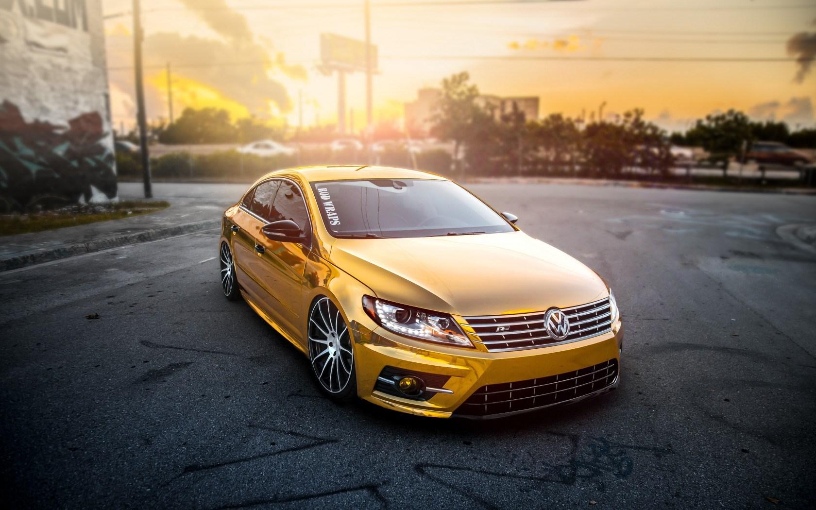 Volkswagen Passat CC Tuning Gold Car