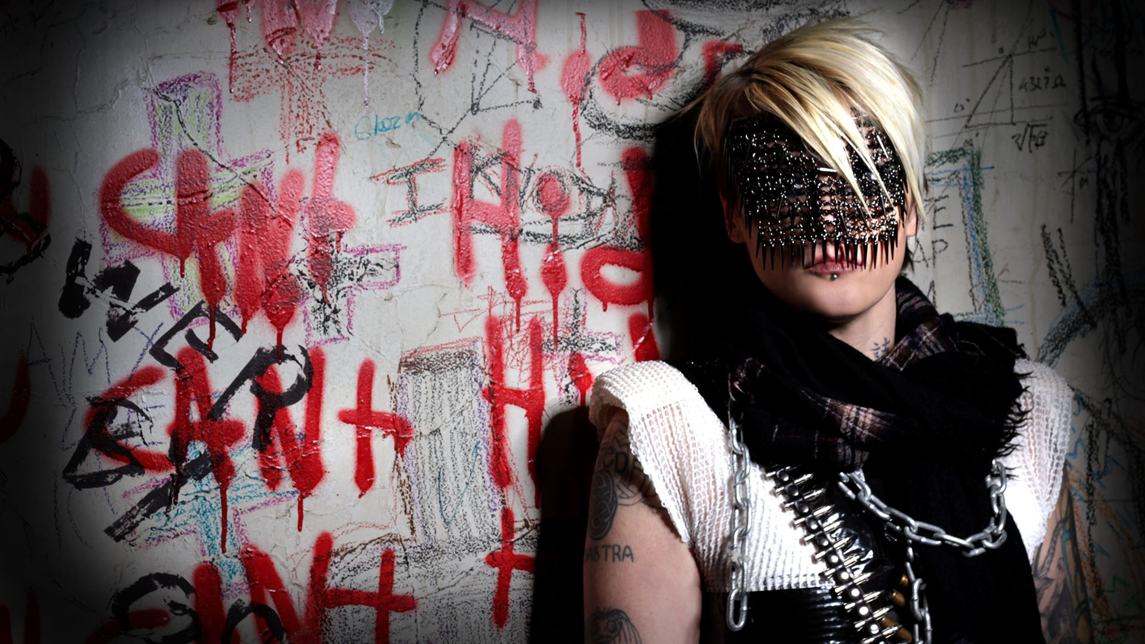 3840x2160 Wallpaper otep, girl, blonde, wall, tattoo