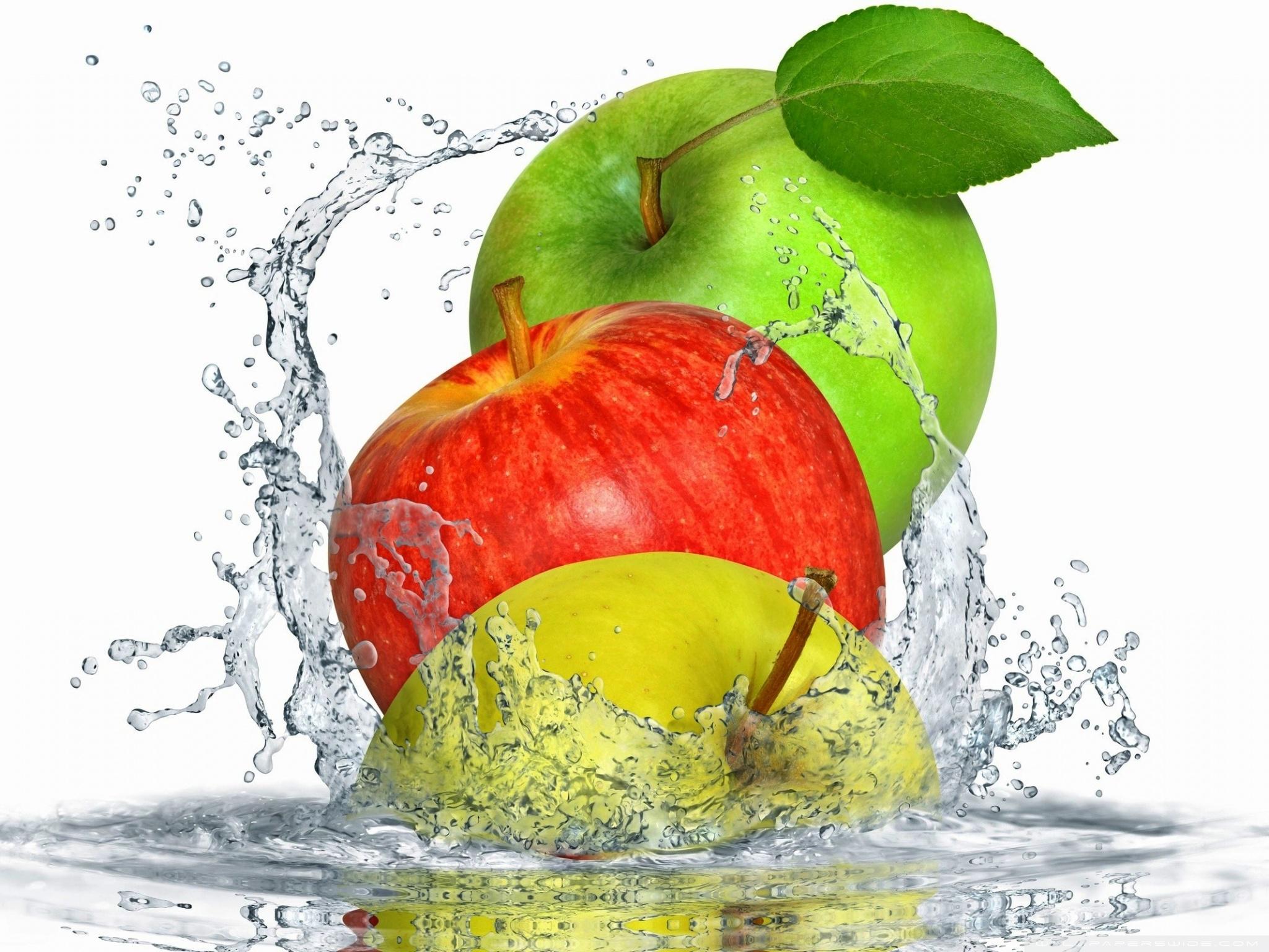 Water Splash Apple