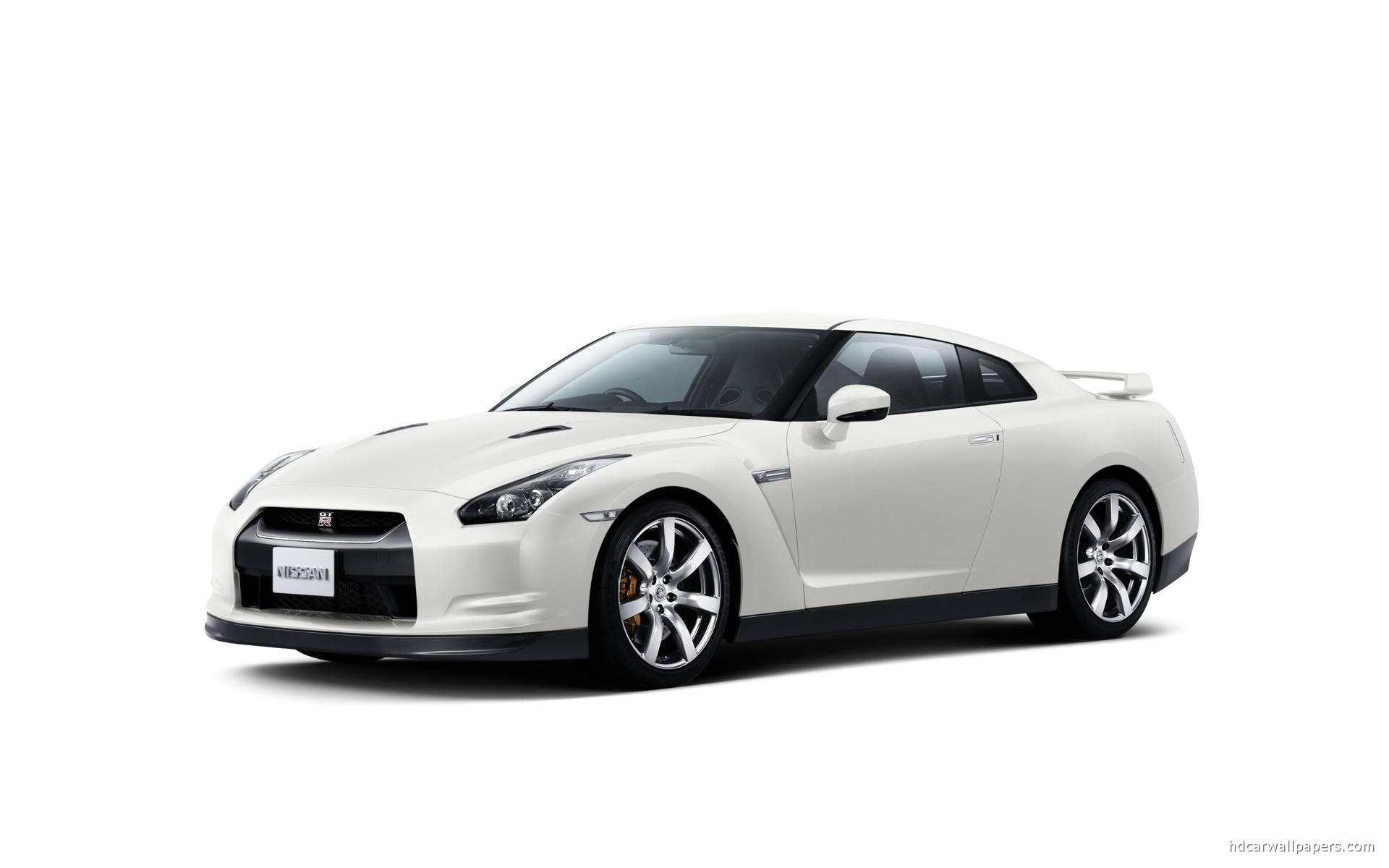 Nissan GT R White