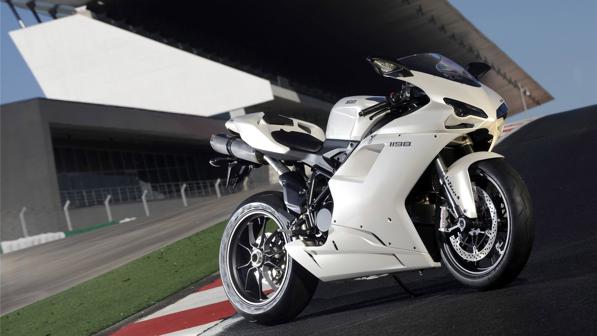 Ducati 1198 White Wallpaper