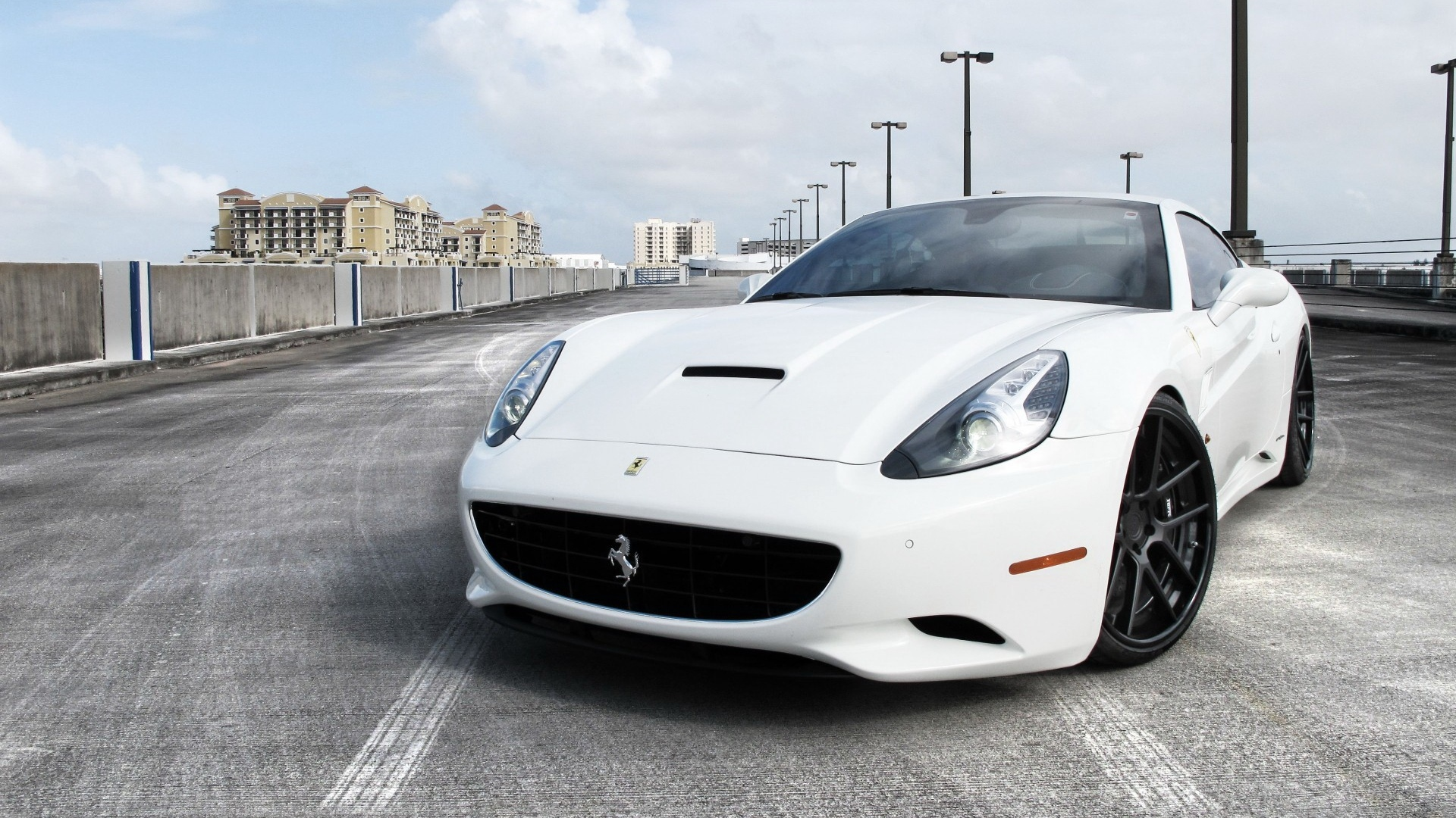 White Ferrari Pictures Wallpaper 1920x1080 6956