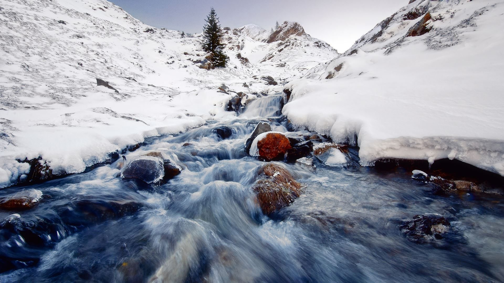 Winter Mountain Stream 33693 1920x1200 px