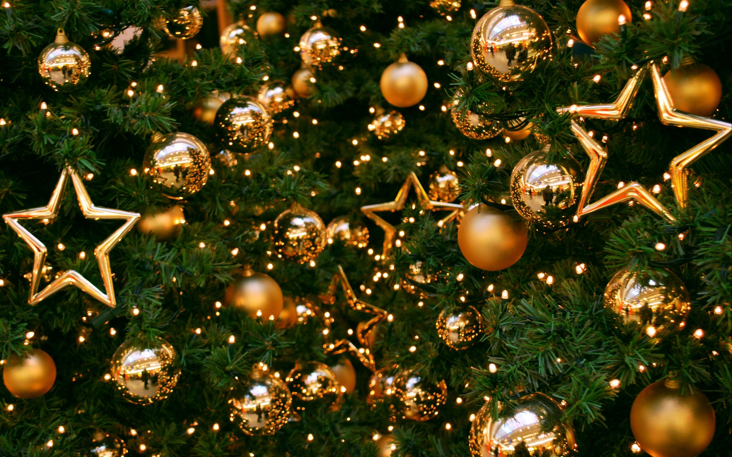 Wonderful Holiday Decorations Wallpaper