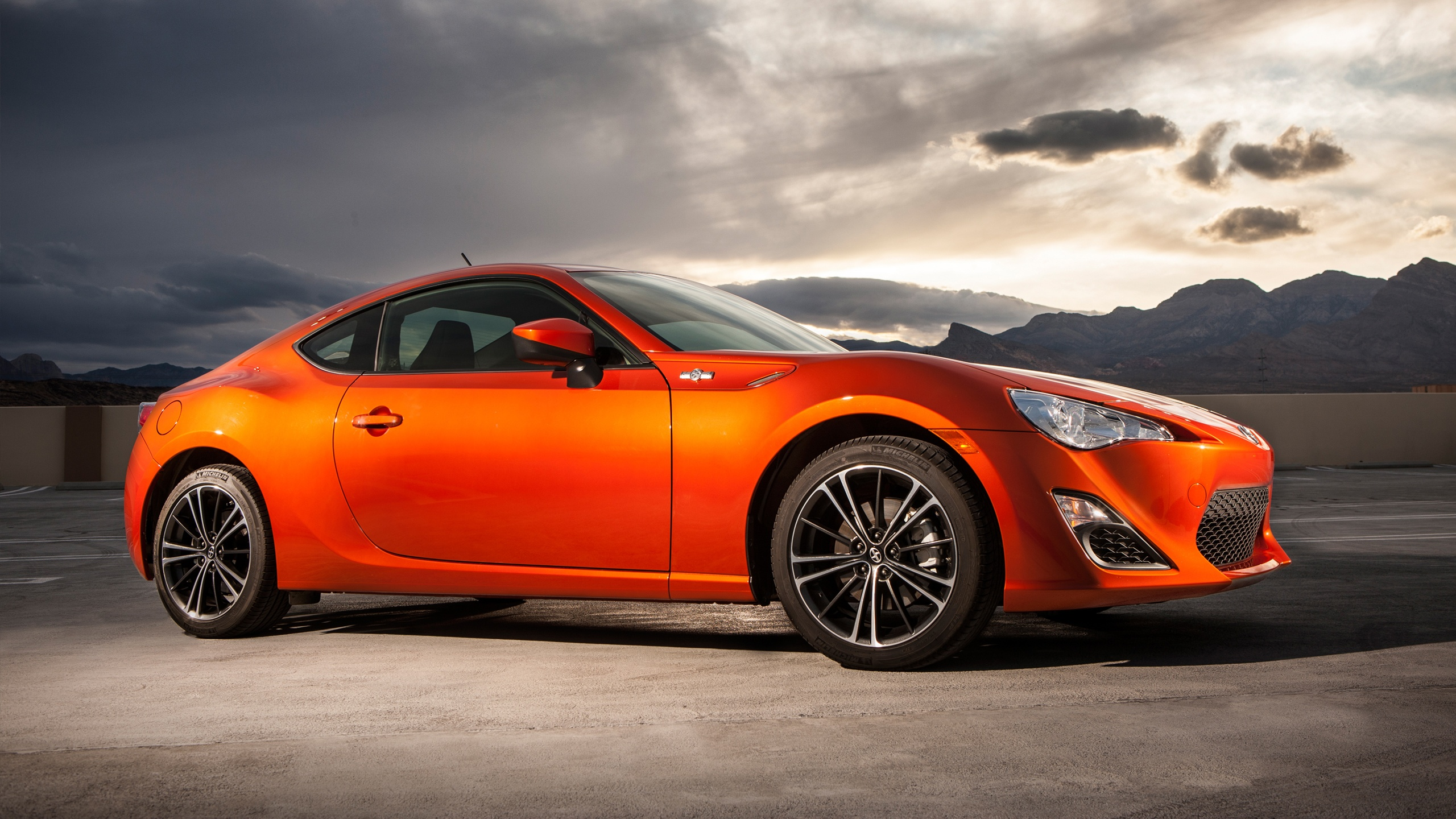 Wonderful Orange Subaru BRZ Wallpaper