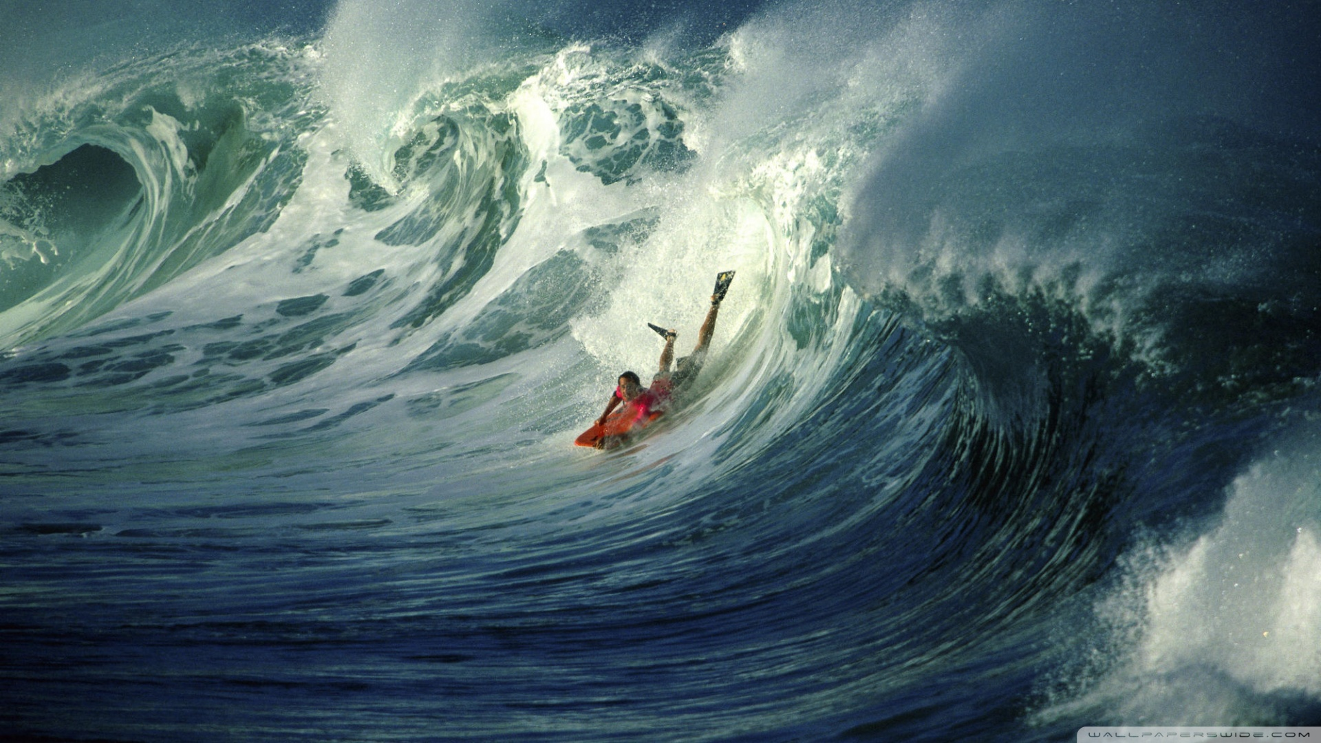 Wonderful Wave Wallpaper