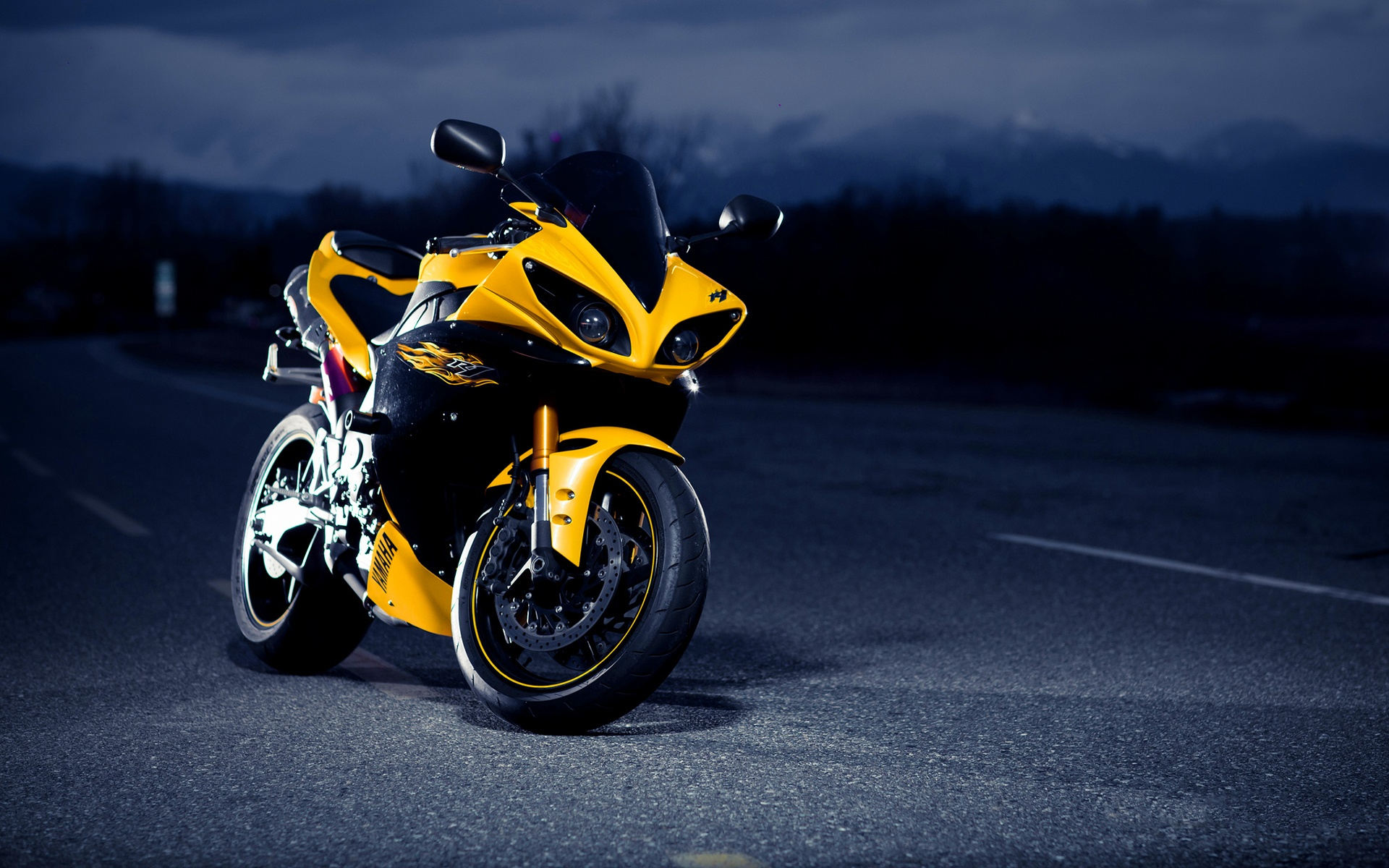 Yamaha R1 Black Yellow Wallpaper 1920x1200 15738