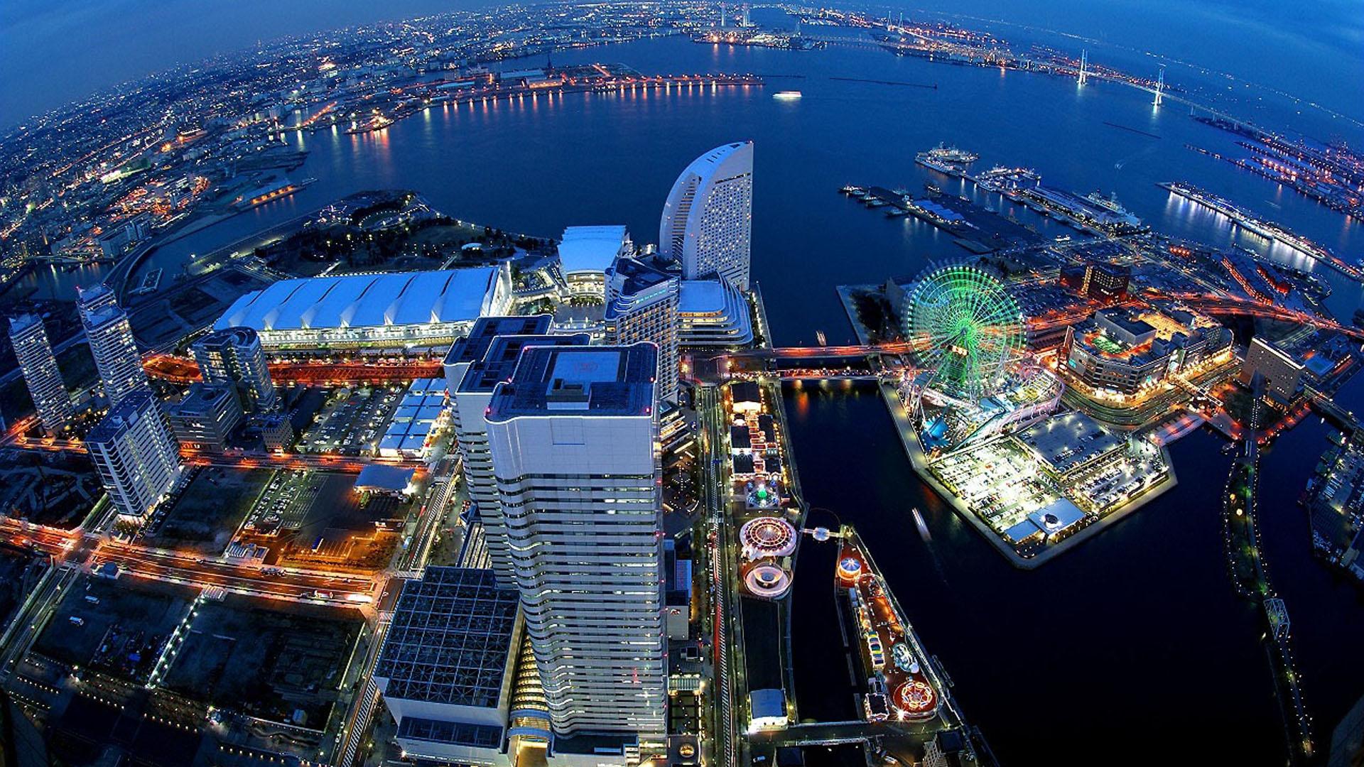 ... panorama-Yokohama-Japanese-tourist-2015 ...