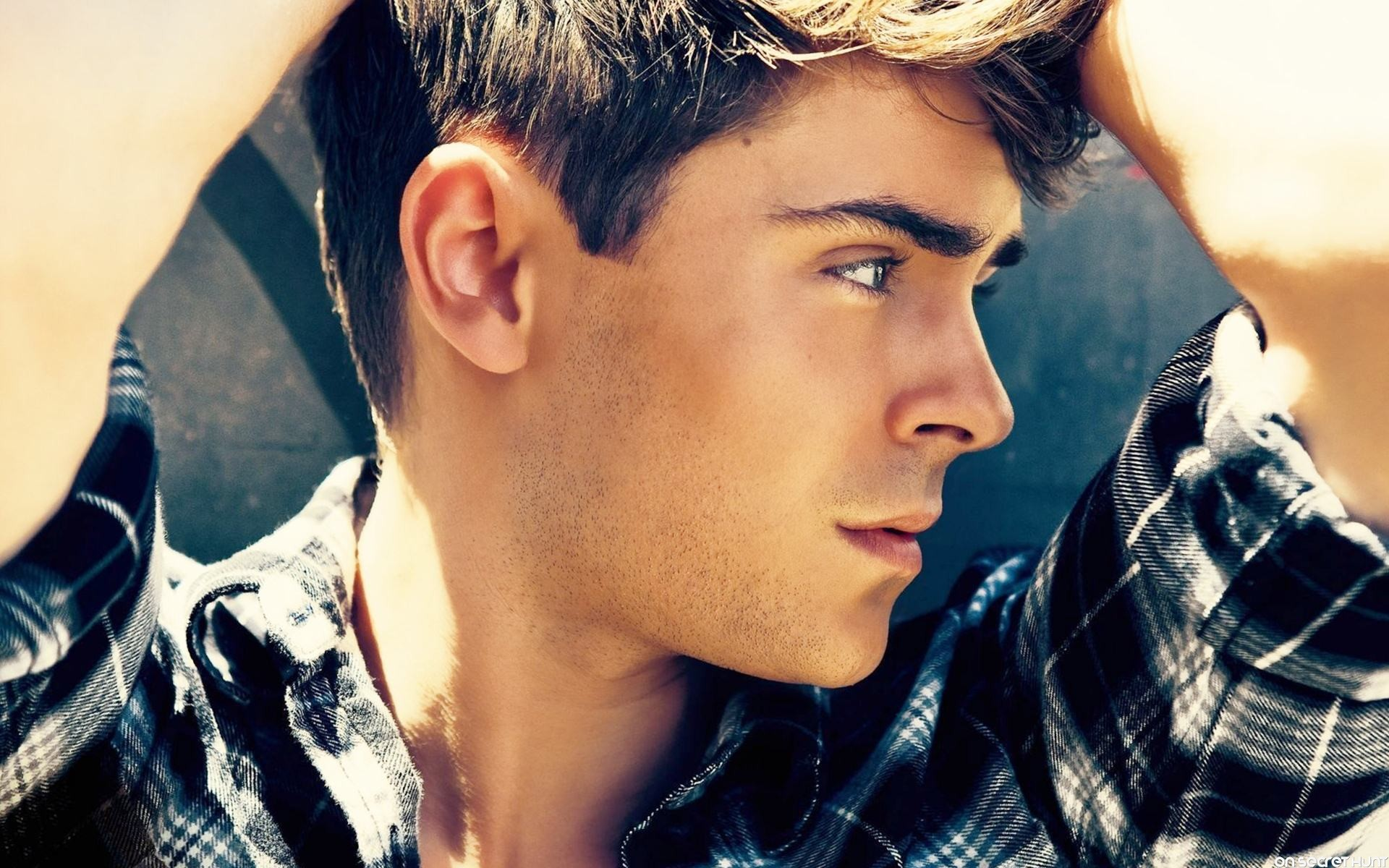 Zac Efron Hd Wallpaperon