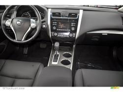 Charcoal Interior 2013 Nissan Altima 2.5 SL Photo #72043249