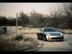 Nissan 350Z Photography by Webb Bland - Anxious at the Gates - 1024x768 - Wallpaper