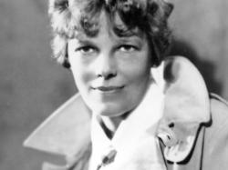 old airplane amelia earhart