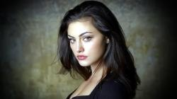 Beautiful Phoebe Tonkin Australian Actress