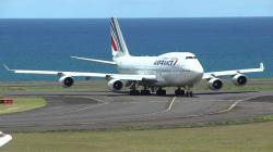 Atterrissage Boeing 747-400 Air France 3580 @ Roland Garros (FMEE/RUN)