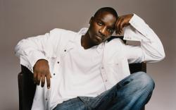 "Sorry, blame it on Akon! Rapper's Kuwait concert cancelled because of his ""immoral"" lyrics! 