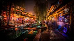 Amazing Restaurant Row In Lijiang China wallpaper
