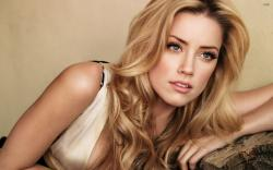 Amber Heard wallpaper 2880x1800 jpg