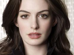 Large Anne Hathaway HD Wallpapers ...