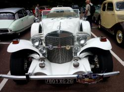 Lyon's Classic and Antique car rally shows off its star models Special