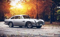 Aston Martin DB5 Road